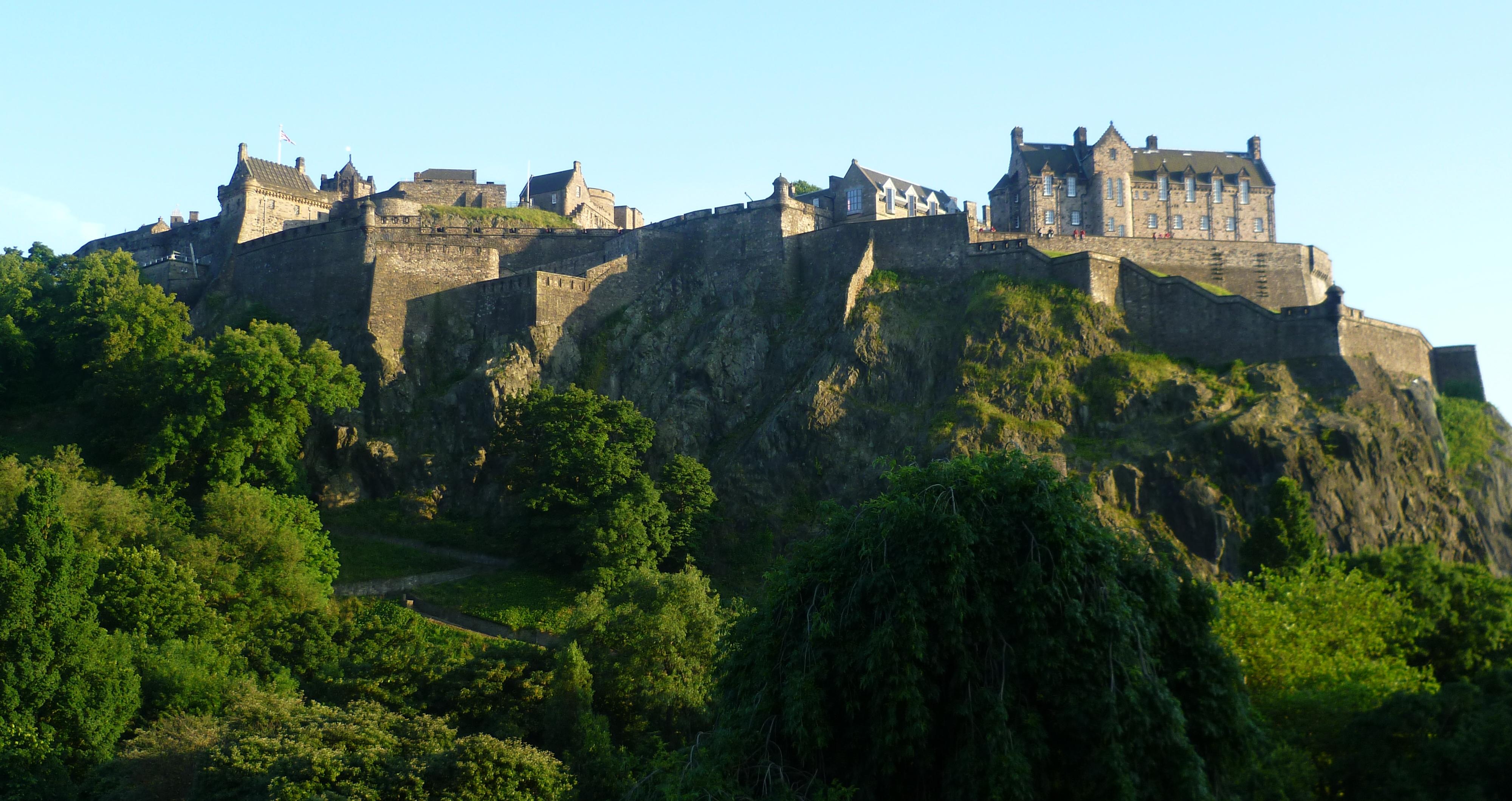 schola-idiomas-castillo-edimburgo